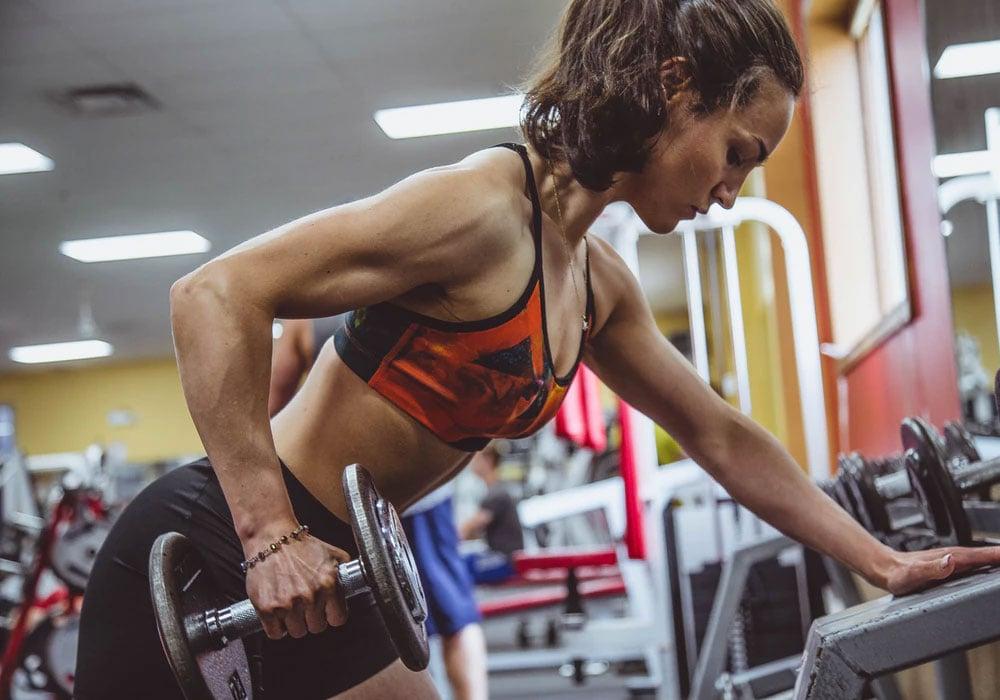 Una dieta per aumentare la massa muscolare è un componente fondamentale per l'obiettivo